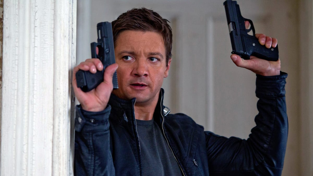Jeremy Renner stepping into Matt Damon's shoes as Agent Aaron Cross in The Bourne Legacy (2012)