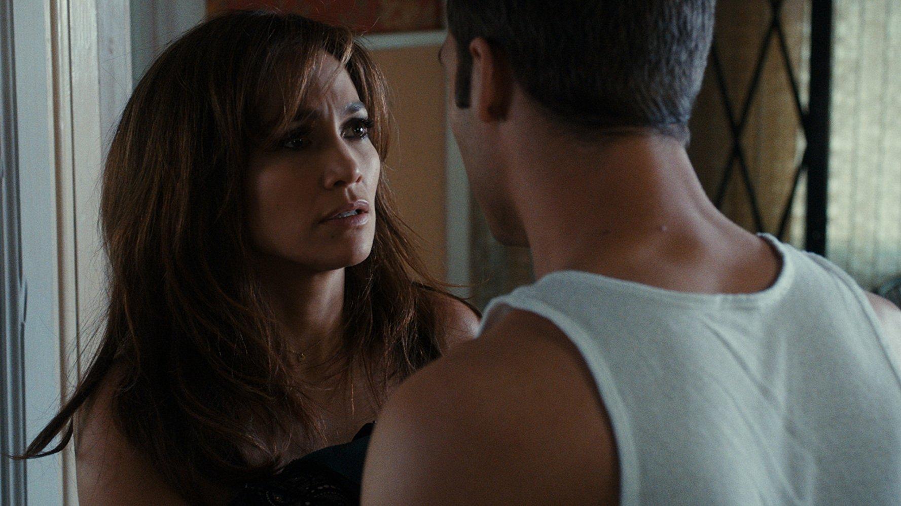 Jennifer Lopez, Ryan Guzman in The Boy Next Door (2015)