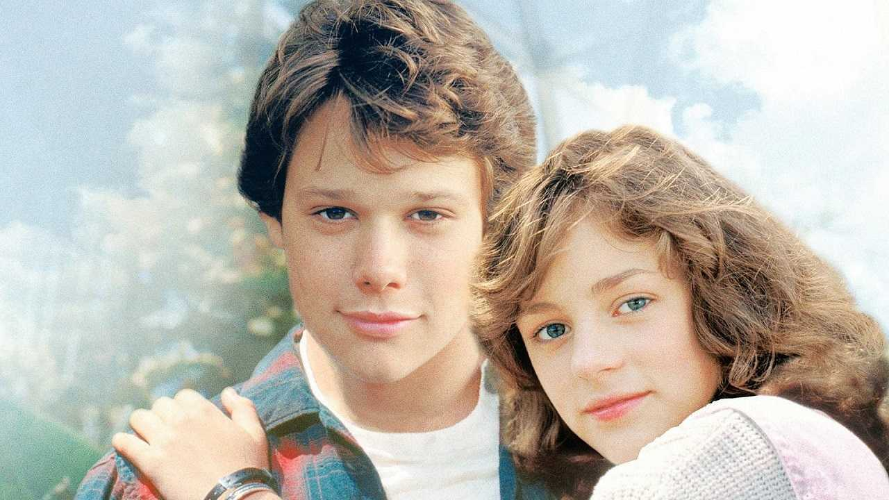 Jay Underwood and Lucy Deakins in The Boy Who Could Fly (1986)