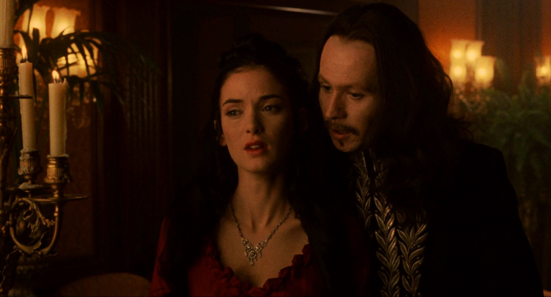 Dracula (Gary Oldman) seduces Mina (Winona Ryder), the reincarnation of his late wife in Bram Stoker's Dracula (1992)
