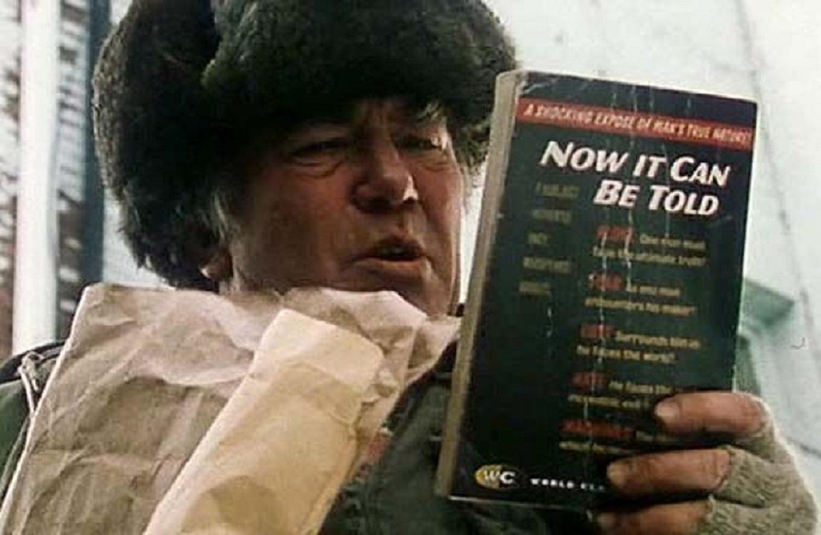 Albert Finney as Kurt Vonnegut's pulp novelist Kilgore Trout in Breakfast of Champions (1999)