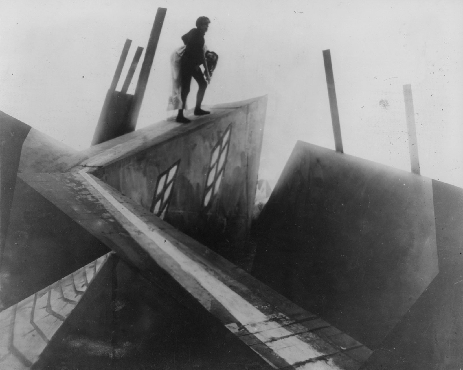 Cesare (Conrad Veidt) abducts Lil Dagover in The Cabinet of Dr Caligari (1919)