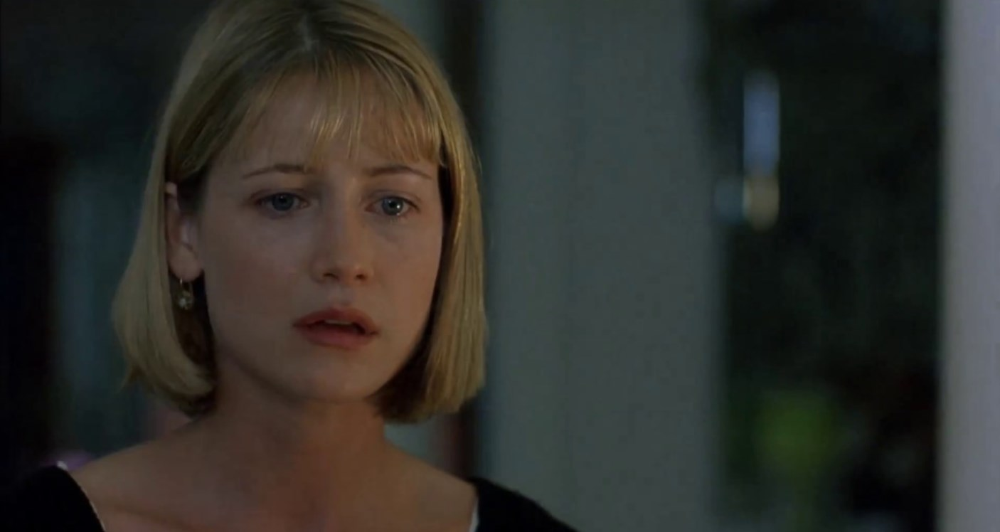 Kelly Rowan as teacher Annie Tarrant who invokes the name of Candyman in Candyman: Farewell to the Flesh (1995)