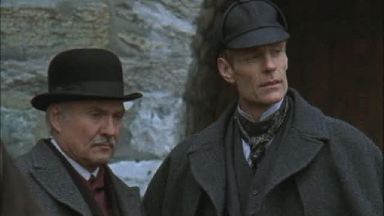 Kenneth Welsh as Dr Watson and Matt Frewer as Sherlock Holmes in The Case of the Whitechapel Vampire (2002)