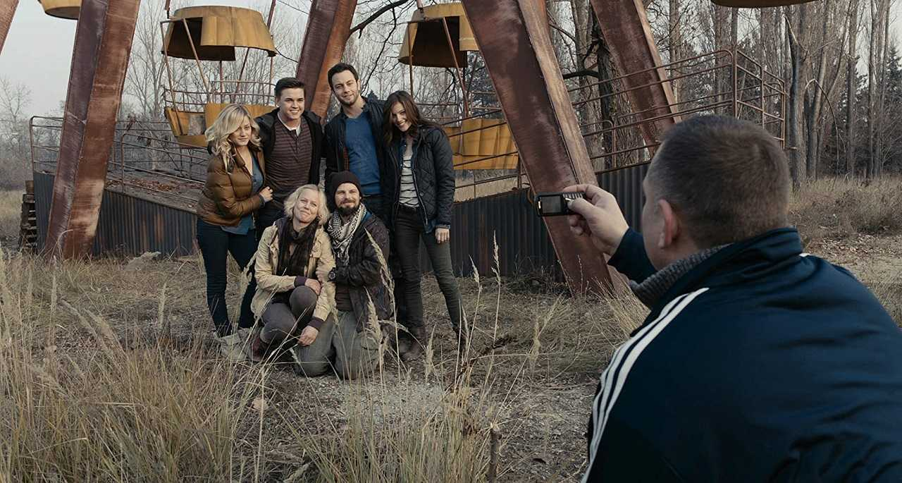 Tourists in the Chernobyl Nuclear Exclusion Zone - Olivia Taylor Dudley, Jesse McCartney, Jonathan Sadowski, Devin Kelley, Ingrid Bolsø Berdal and Nathan Phillips with Dimitri Diatchenko in Chernobyl Diaries (2012)