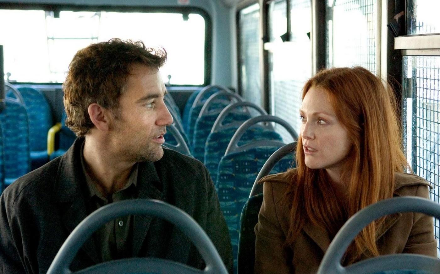 Theo (Clive Owen) and Julian (Julianne Moore) in Children of Men (2006)
