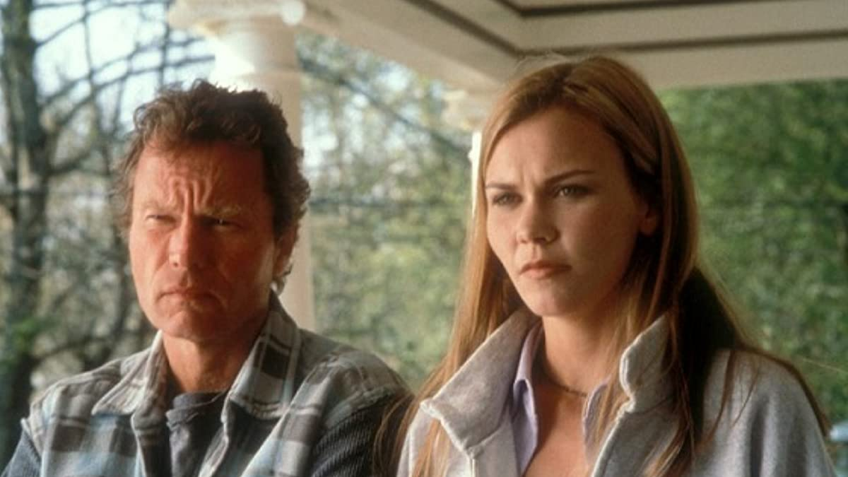 Christina (Allison Lange) and her father John Savage in Christina's House (1999)