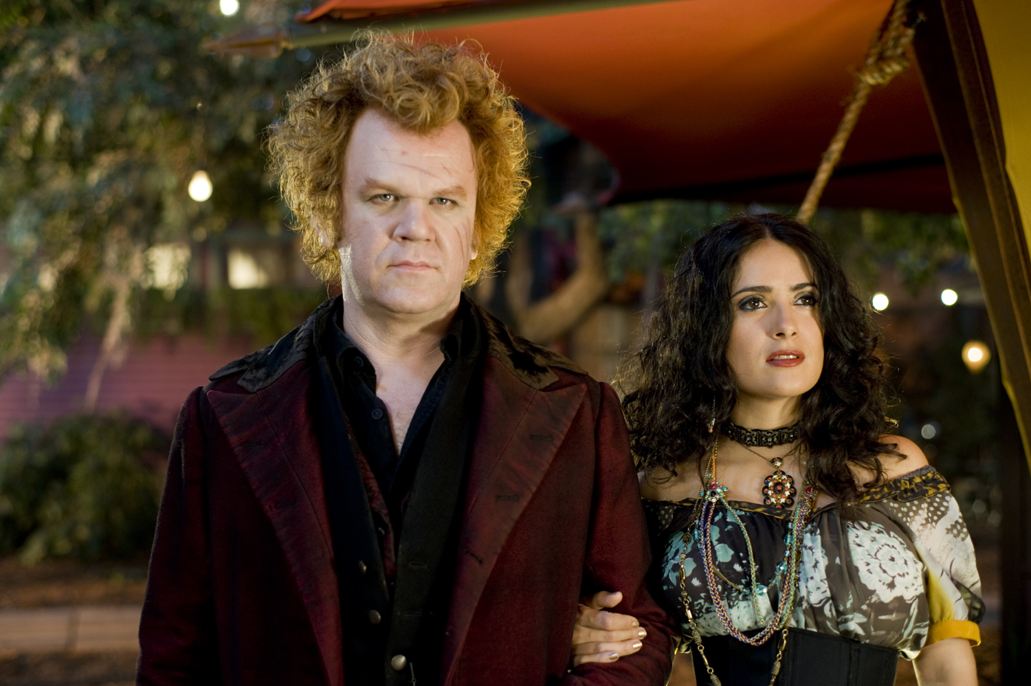 Larten Crepsley (John C. Reilly) and Madame Truska (Salma Hayek) in Cirque du Freak: The Vampire's Assistant (2009)
