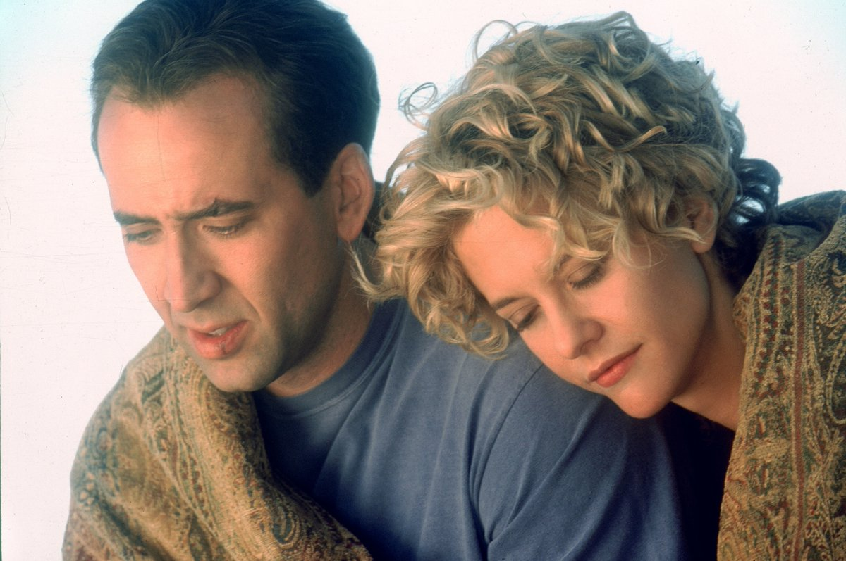The angel Seth (Nicolas Cage) with Maggie Rice (Meg Ryan) in City of Angels (1998)