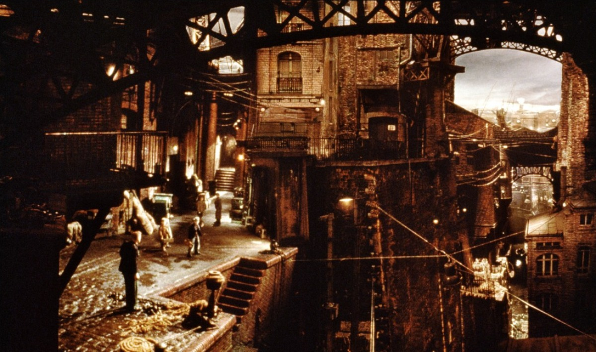 An example of the film's stunning set designs in The City of Lost Children (1995)