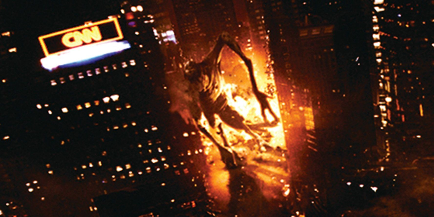 Monster rampaging through the streets of New York in Cloverfield (2008)
