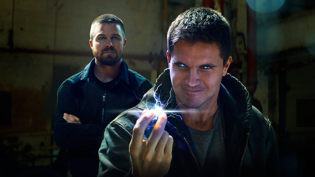Robbie Amell and Stephen Amell in Code 8 (2019)
