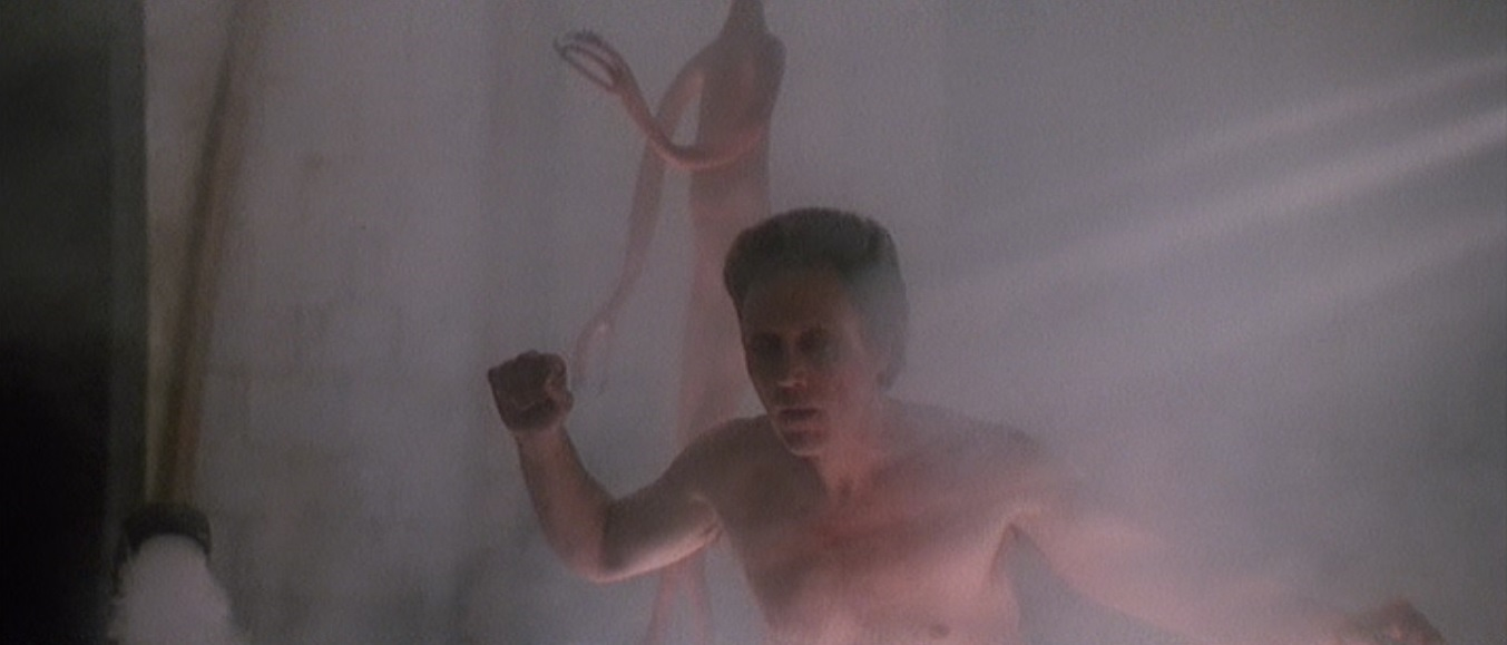 Christopher Walken abducted by aliens in Communion (1989)