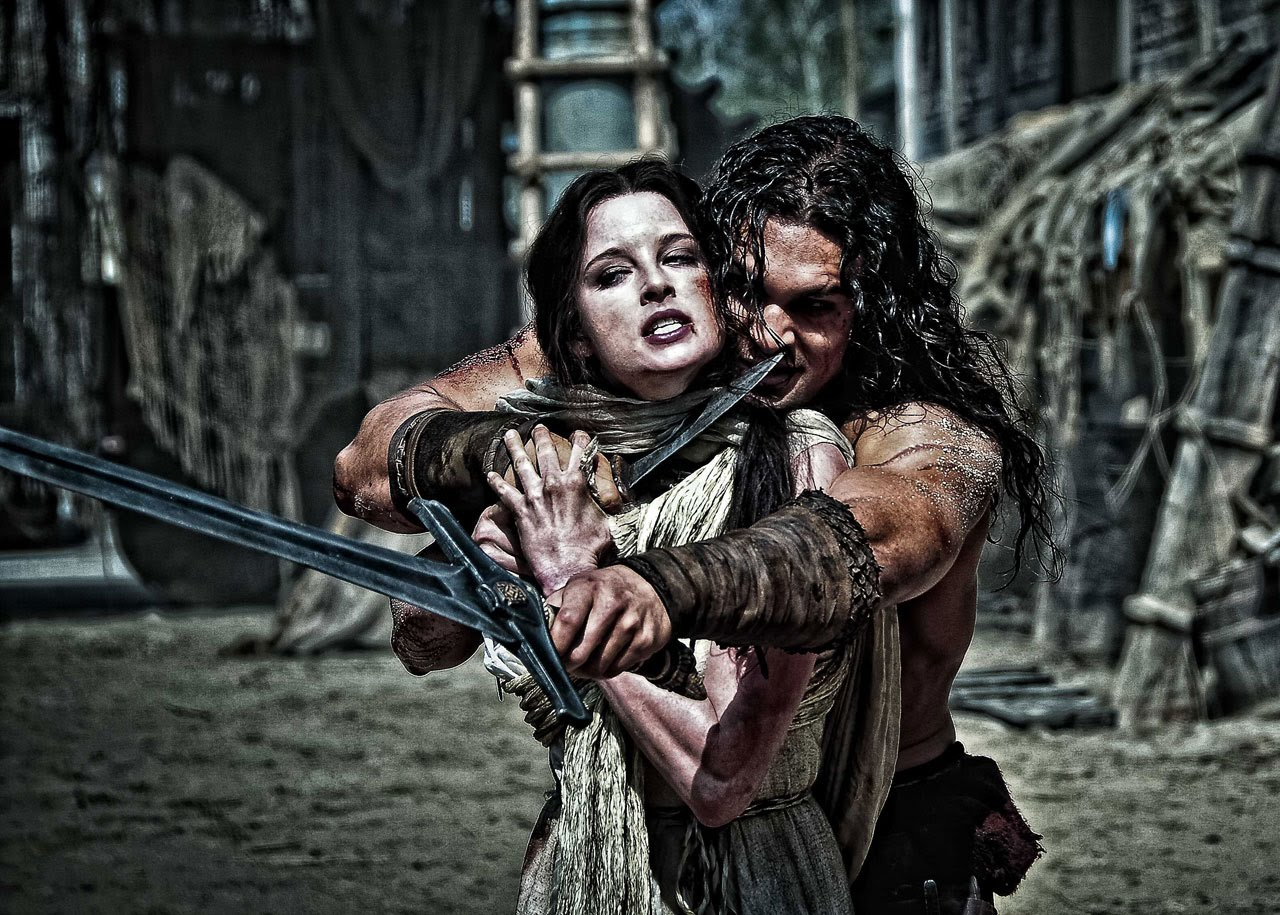 Conan (Jason Momoa) with Tamara (Rachel Nichols) in Conan the Barbarian (2011)