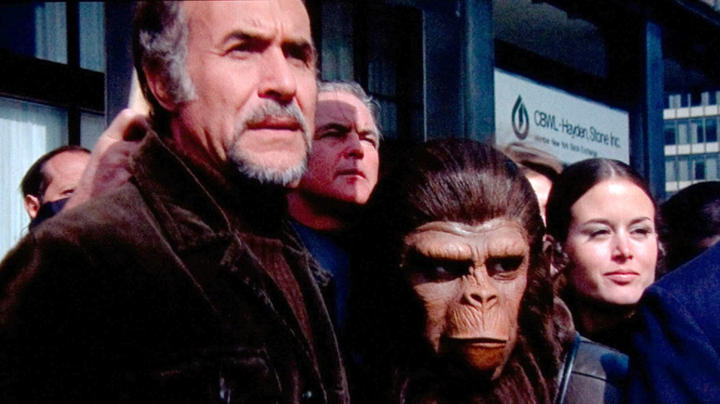 Caesar (Roddy McDowall) and Armando (Ricardo Montalban) in Conquest of the Planet of the Apes (1972)