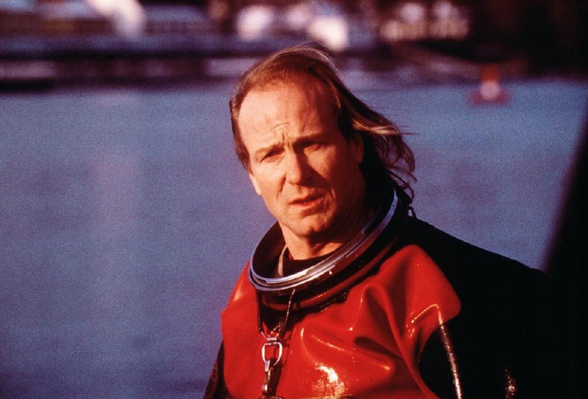 William Hurt as EPA agent David Whitman in Contaminated Man (2000)