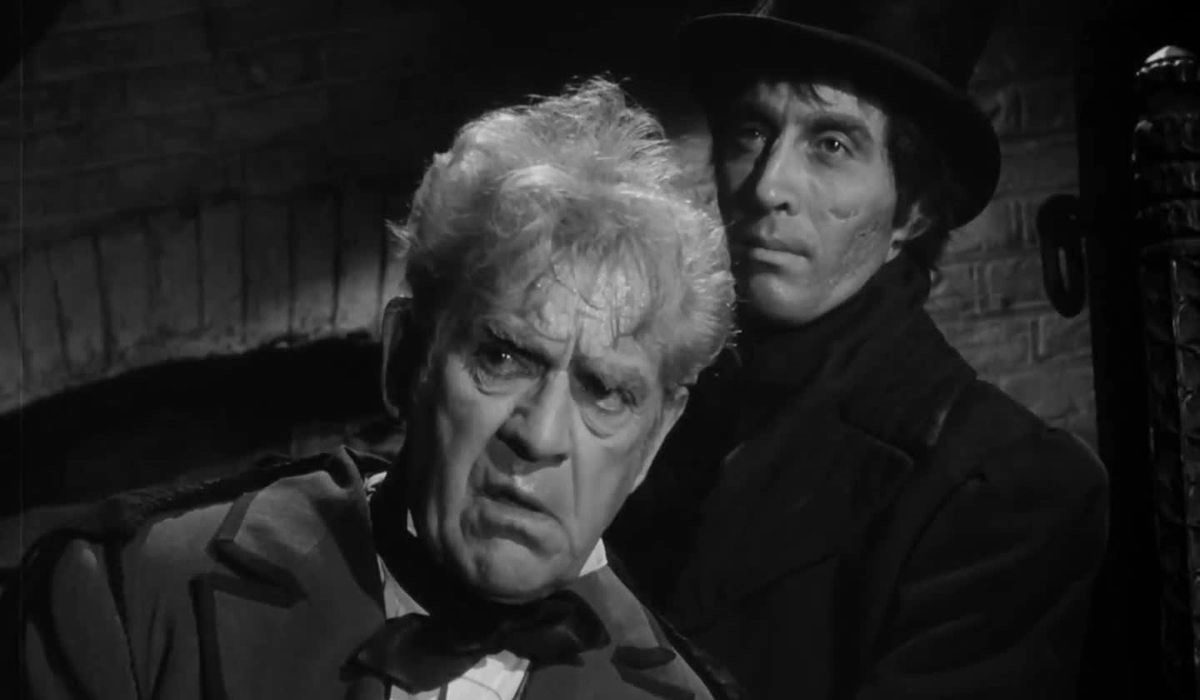 (l to r) Boris Karloff with Christopher Lee as the body snatcher Resurrection Joe in Corridors of Blood (1958)