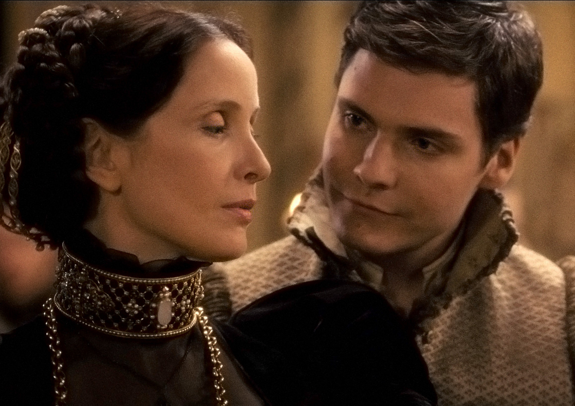 Julie Delpy as Countess Bathory and Daniel Brühl as Istvan in The Countess (2009)