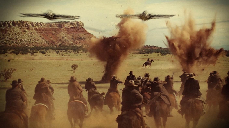 Cowboys take on alien invaders in Cowboys & Aliens (2011)