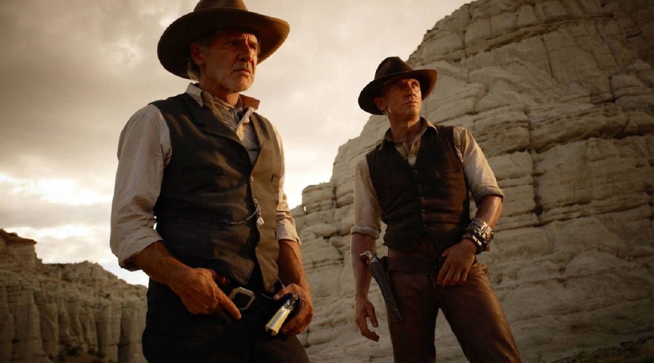 Harrison Ford, Daniel Craig in Cowboys & Aliens (2011)