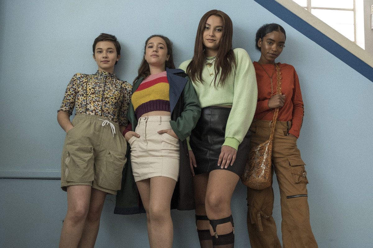 Teen witches - Cailee Spaeny, Gideon Adlon, Zoey Luna and Lovie Simone in The Craft: Legacy (2020)