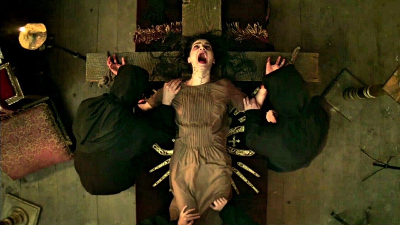 Exorcism by crucifixion in The Crucifixion (2017)