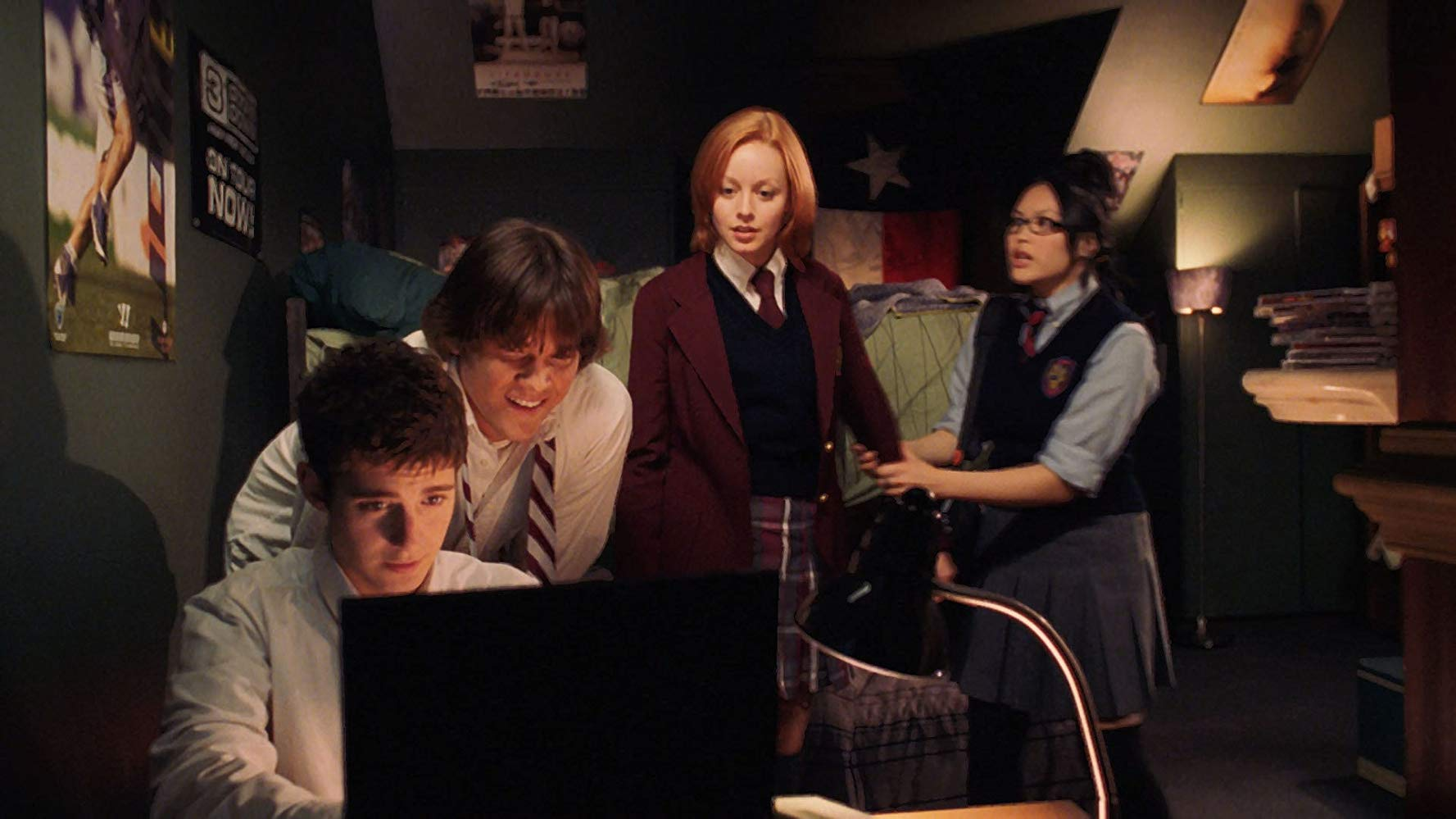 (l to r) Julian Morris, Jared Padalecki, Lindy Booth and Kristy Wu in Cry Wolf (2005)