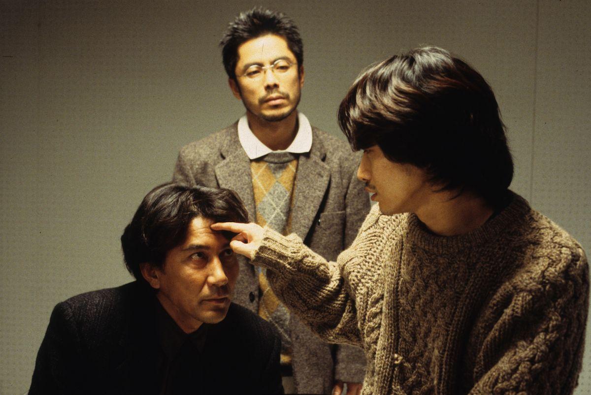 Koji Yakusho, Tsuyoshi Ujiki, Masato Hagiwara in Cure (1997)