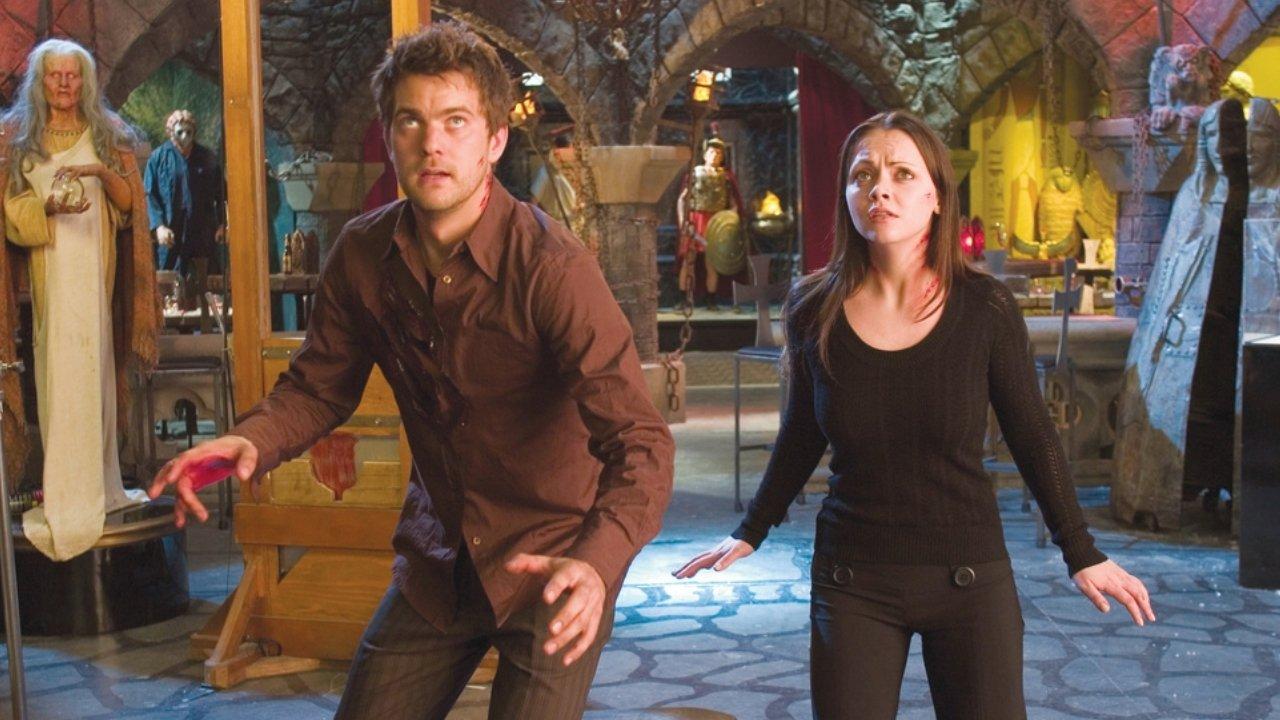 Joshua Jackson and Christina Ricci in Cursed (2005)