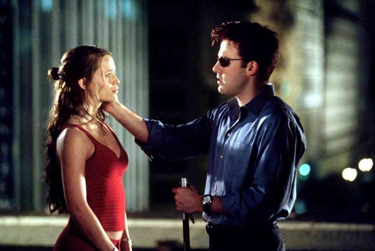 Matt Murdock (Ben Affleck) and Elektra (Jennifer Garner) in Daredevil (2003)