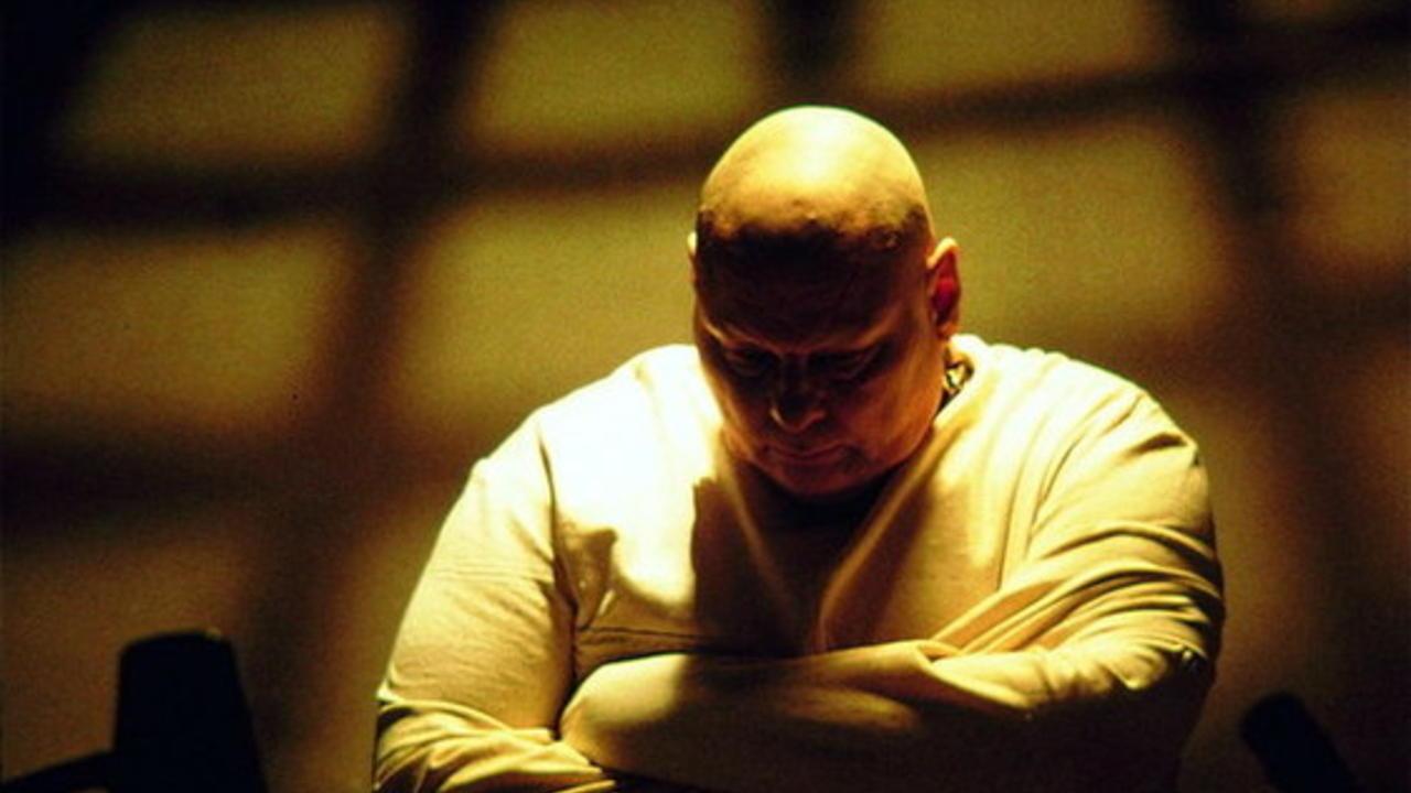 Larry Drake as serial killer Luther 'The Trasher' Wells in Dark Asylum (2001)