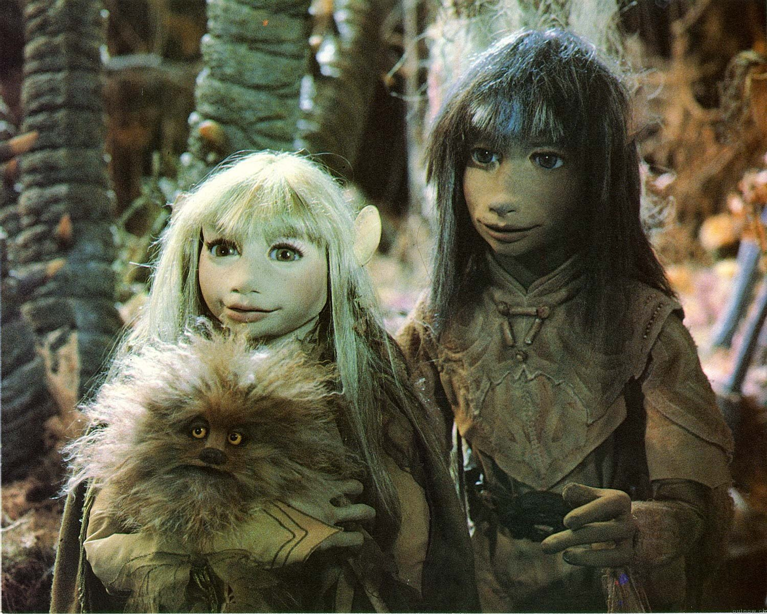 Jen and Kira in The Dark Crystal (1982) poster