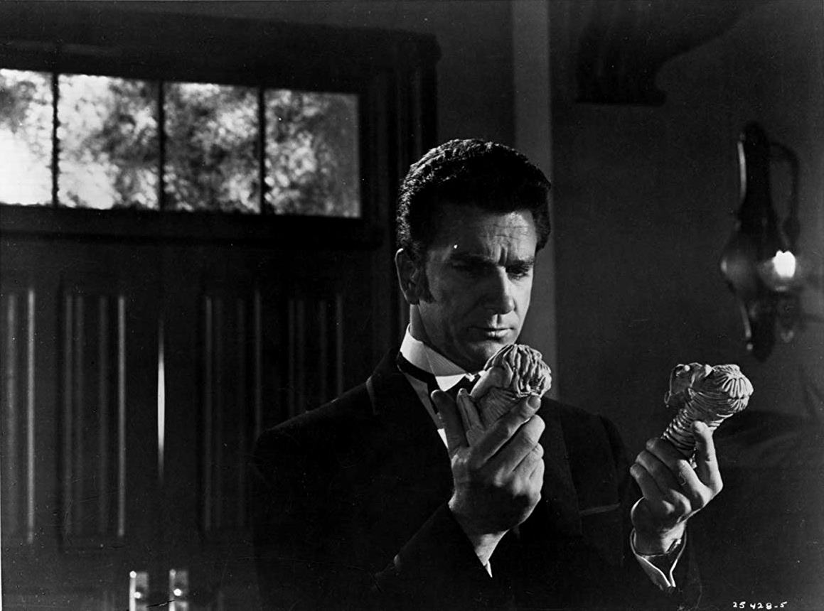 A young Leslie Nielsen as occult investigator Brett Kingsford in Dark Intruder (1965)