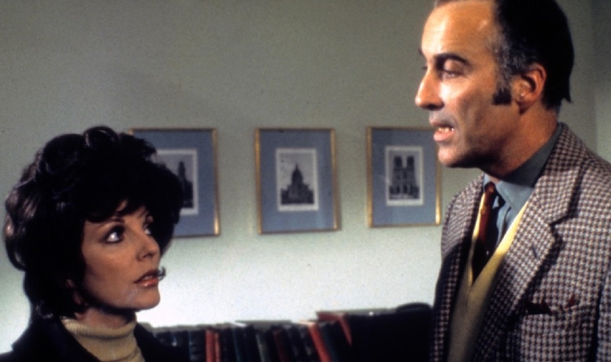 Brother and sister Christopher Lee and Joan Collins in Dark Places (1973)