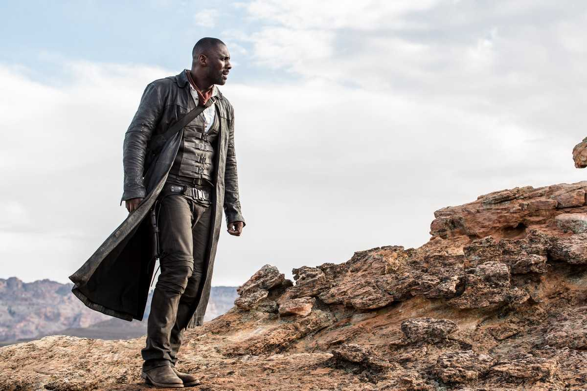 Idris Elba as Roland Deschain in The Dark Tower (2017)