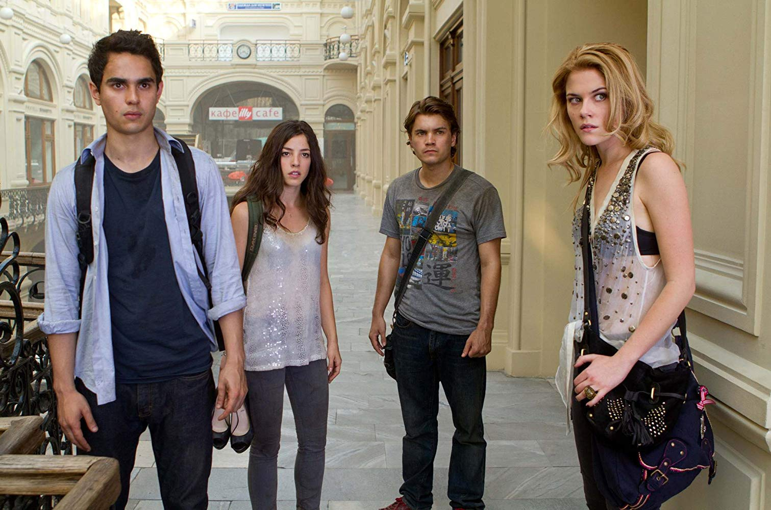 Self-absorbed American twentysomethings in Moscow - (l to r) Max Minghella, Olivia Thirlby, Emile Hirsch and Rachael Taylor in The Darkest Hour (2011)