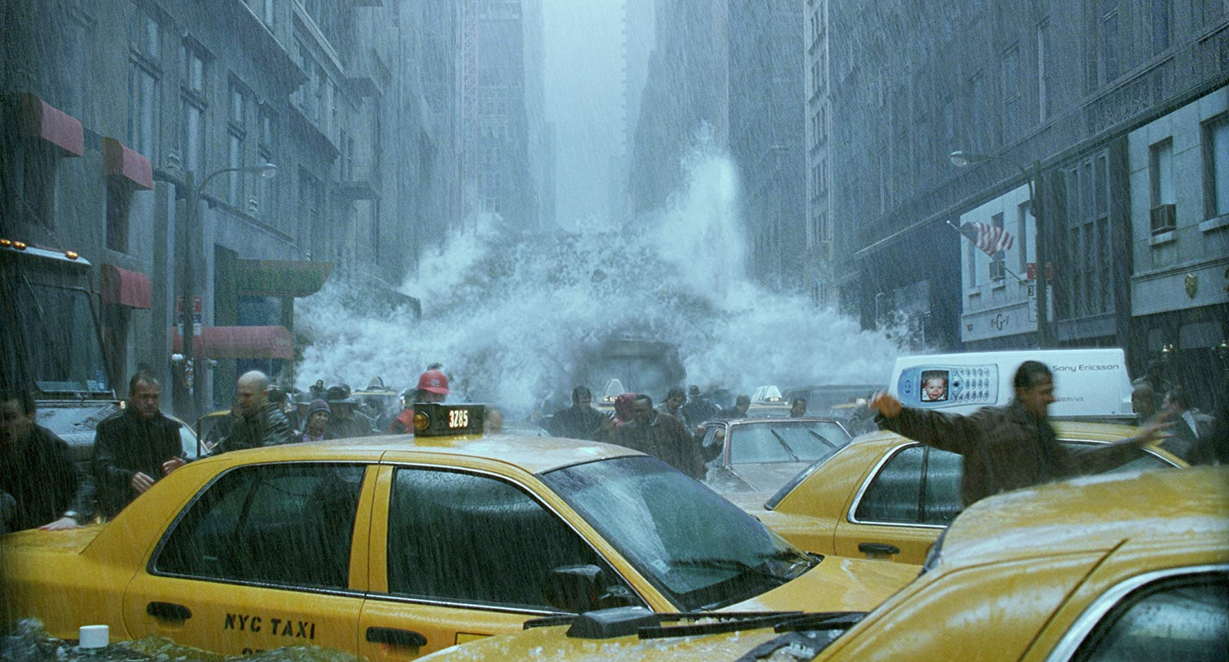 The streets of New York City hit by floods in The Day After Tomorrow (2004)
