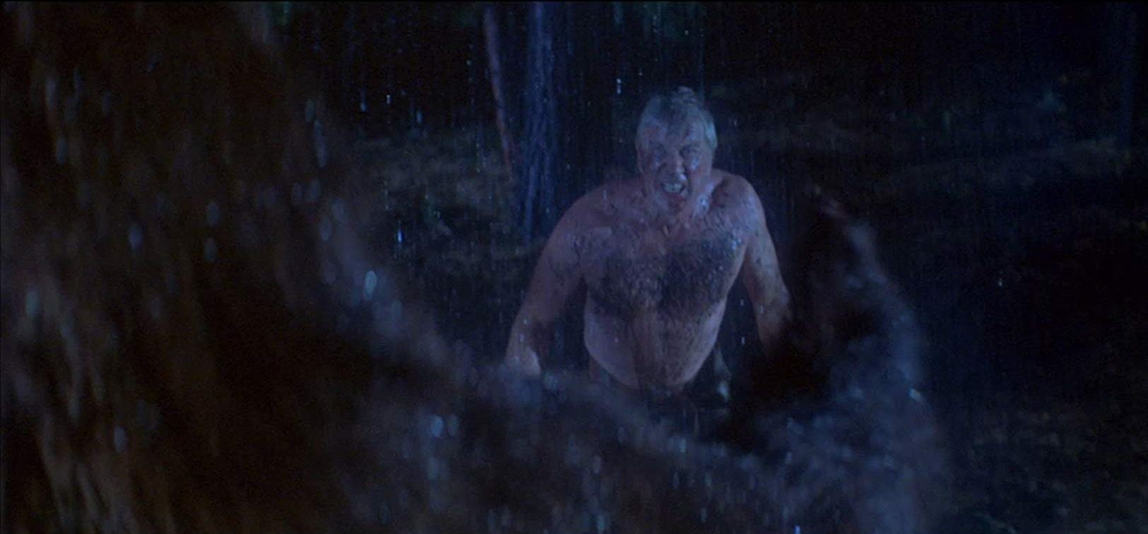 Leslie Nielsen vs a grizzly bear in Day of the Animals (1977)
