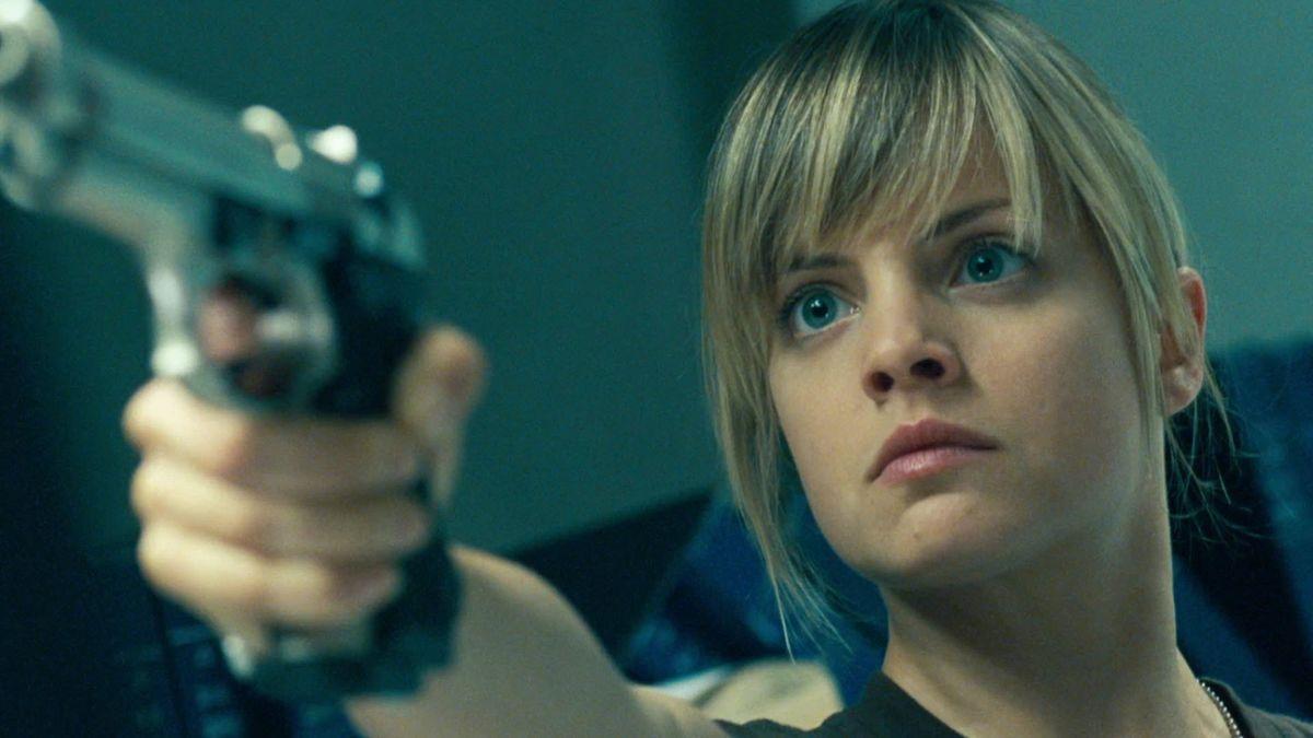 Heroine Mena Suvari in Day of the Dead (2008)