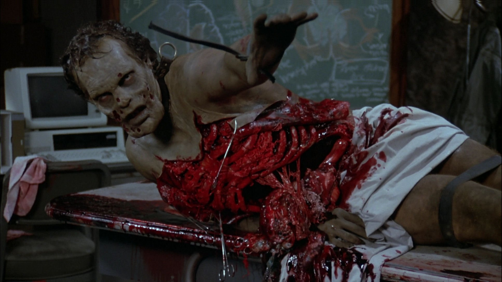 Zombie makeups in Day of the Dead (2008)