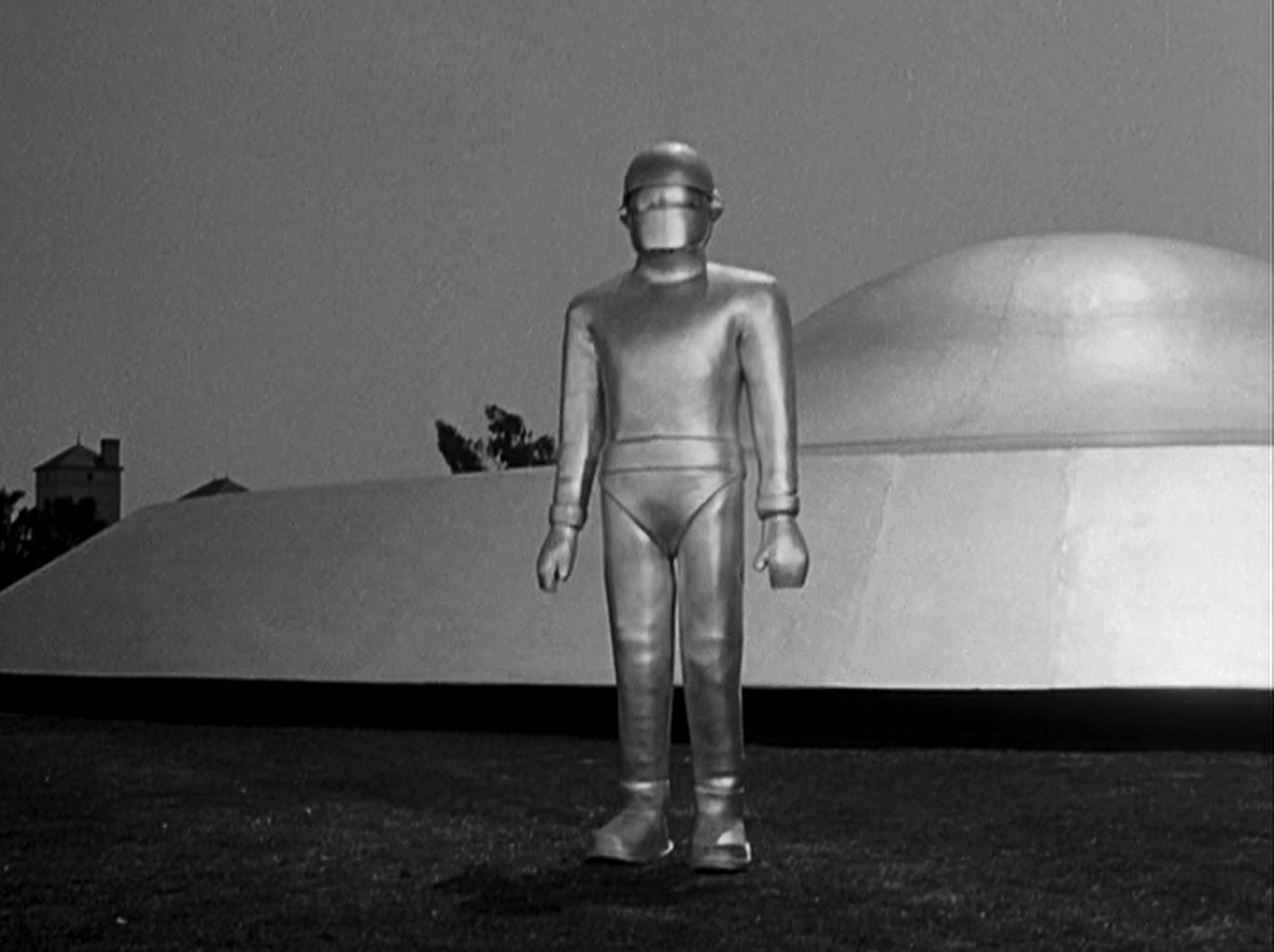 The robot Gort (Lock Martin) stands guard outside the saucer in The Day the Earth Stood Still (1951)