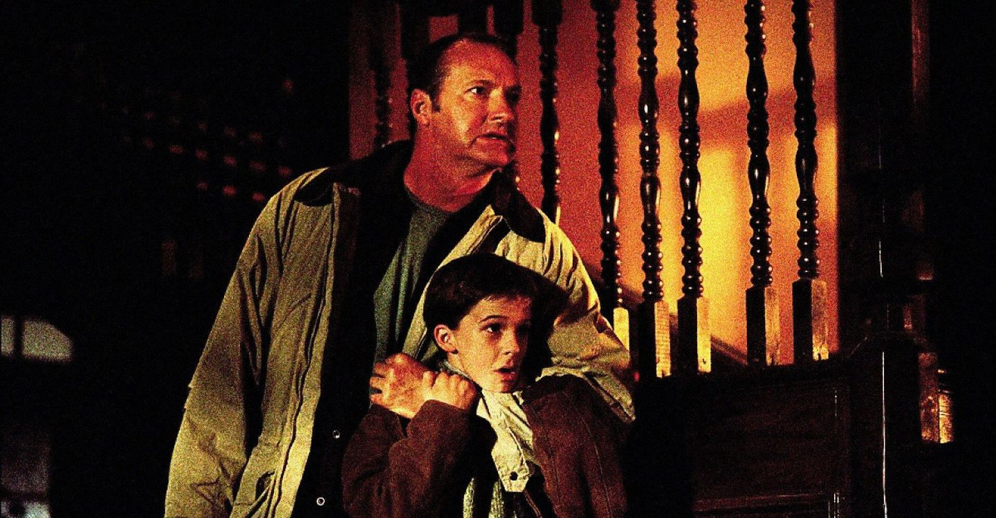 Randy Quaid and son Bobby Edner in The Day the World Ended (2001)