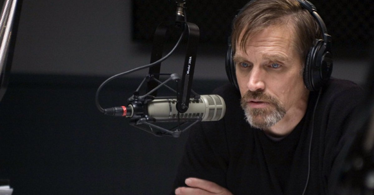 Radio talkback host Bill Moseley in Dead Air (2009)
