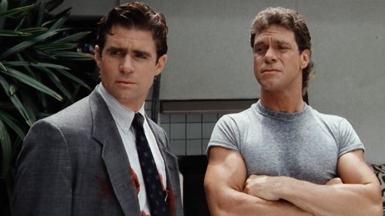 Buddy cops - a soon-to-be zombified Treat Williams and his partner stand-up comic Joe Piscopo in Dead Heat (1988)