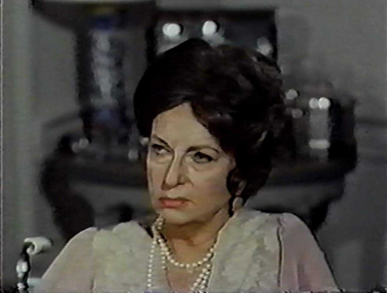 Agnes Moorehead in Dear Dead Delilah (1972)