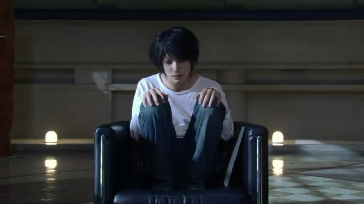 Kenichi Matsuyama as the detective L in Death Note: The Last Name (2006)