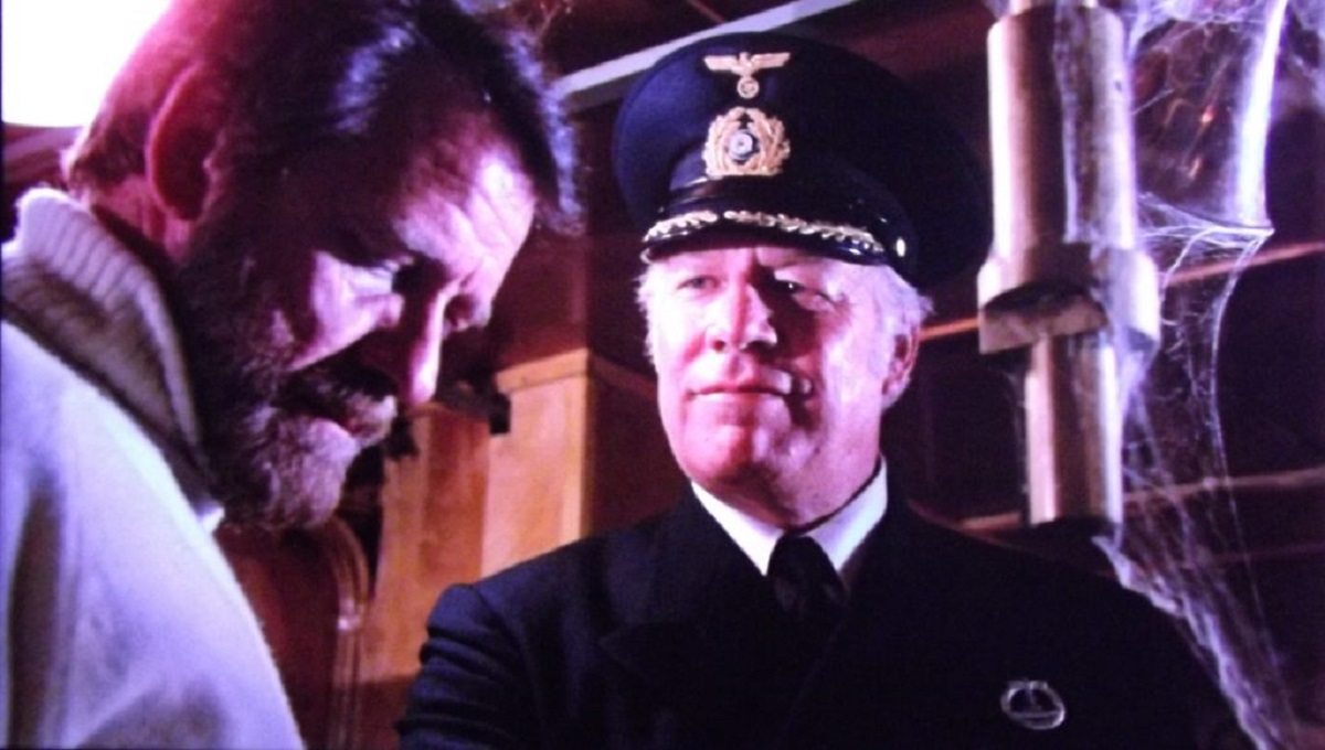 (l to r) Richard Cenna and captain George Kennedy in Death Ship (1980)