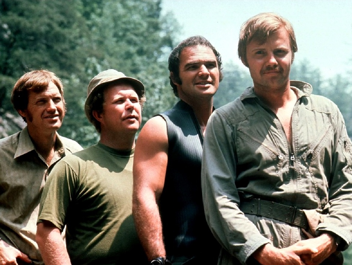 Four friends on a canoe trip in the wilds - Ronny Cox, Ned Beatty, Burt Reynolds, Jon Voight in Deliverance (1972)