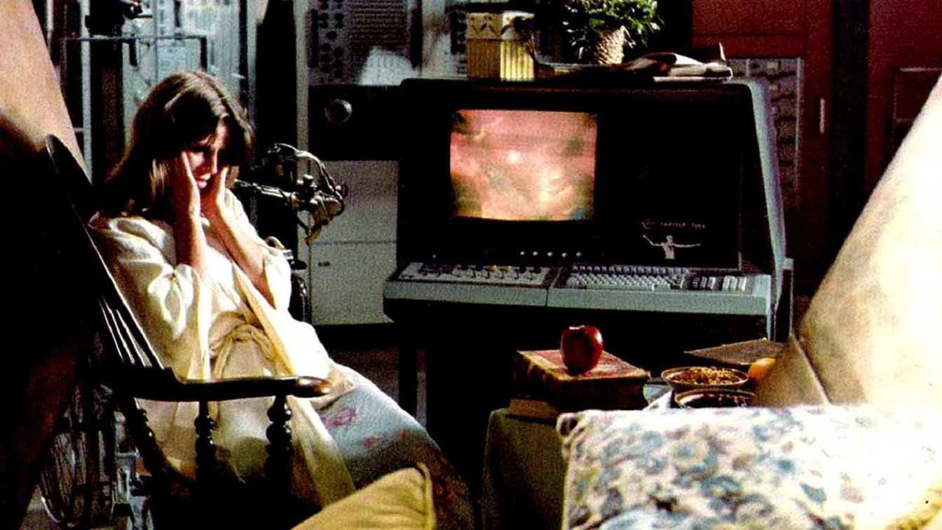 Julie Christie alone in her computer-controlled home in Demon Seed (1977)