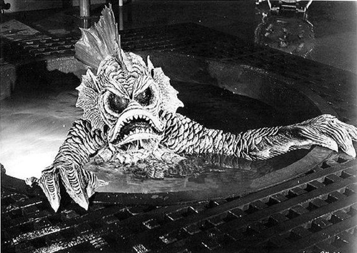 The alien monster in Destination Inner Space (1966)
